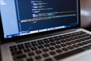Hiring remote developers in 2017: freelancers vs outsourcing companies